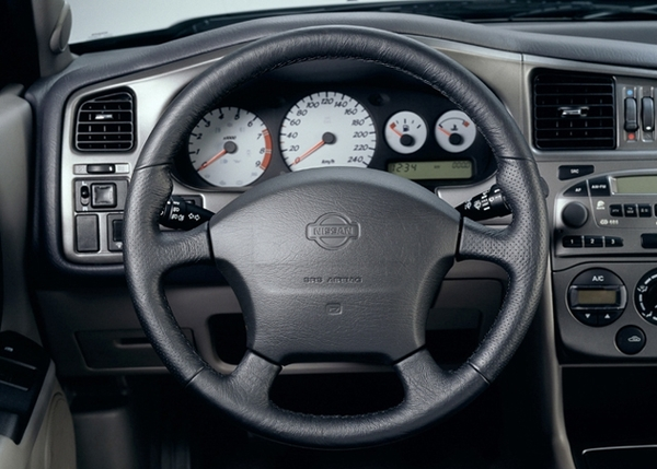 Photo Nissan Primera 2