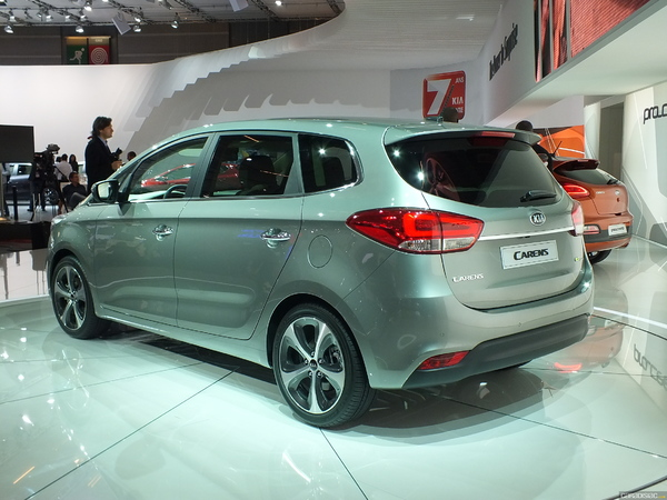 Photo Kia Carens 3