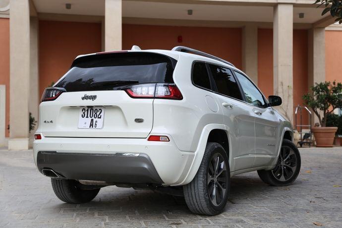 Photo Jeep Cherokee 4