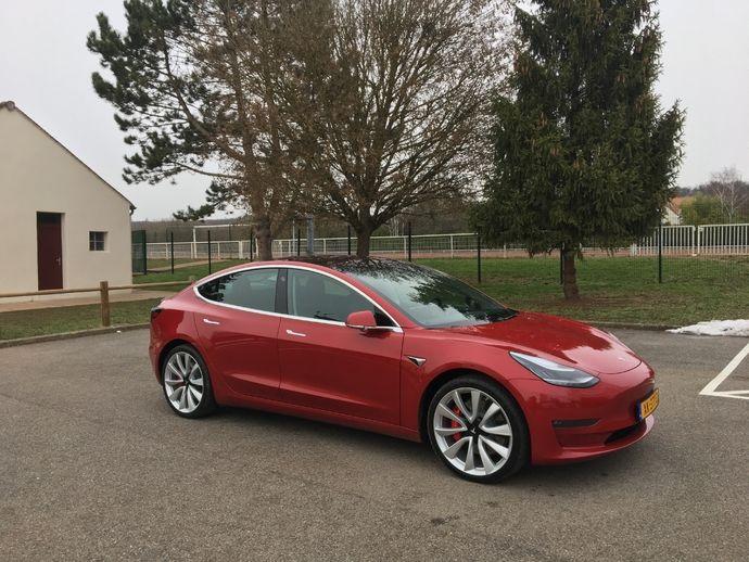 Photo Tesla Model 3