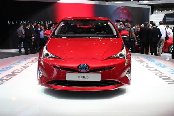 Photo Toyota Prius 4