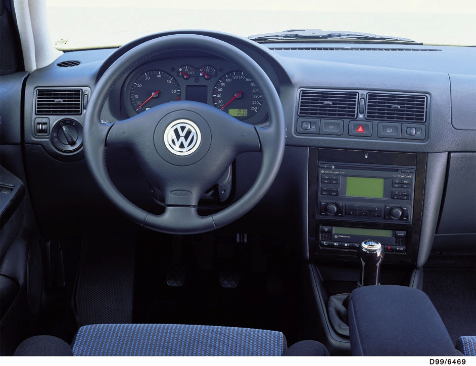 Photos volkswagen golf 4 for Interieur golf 4