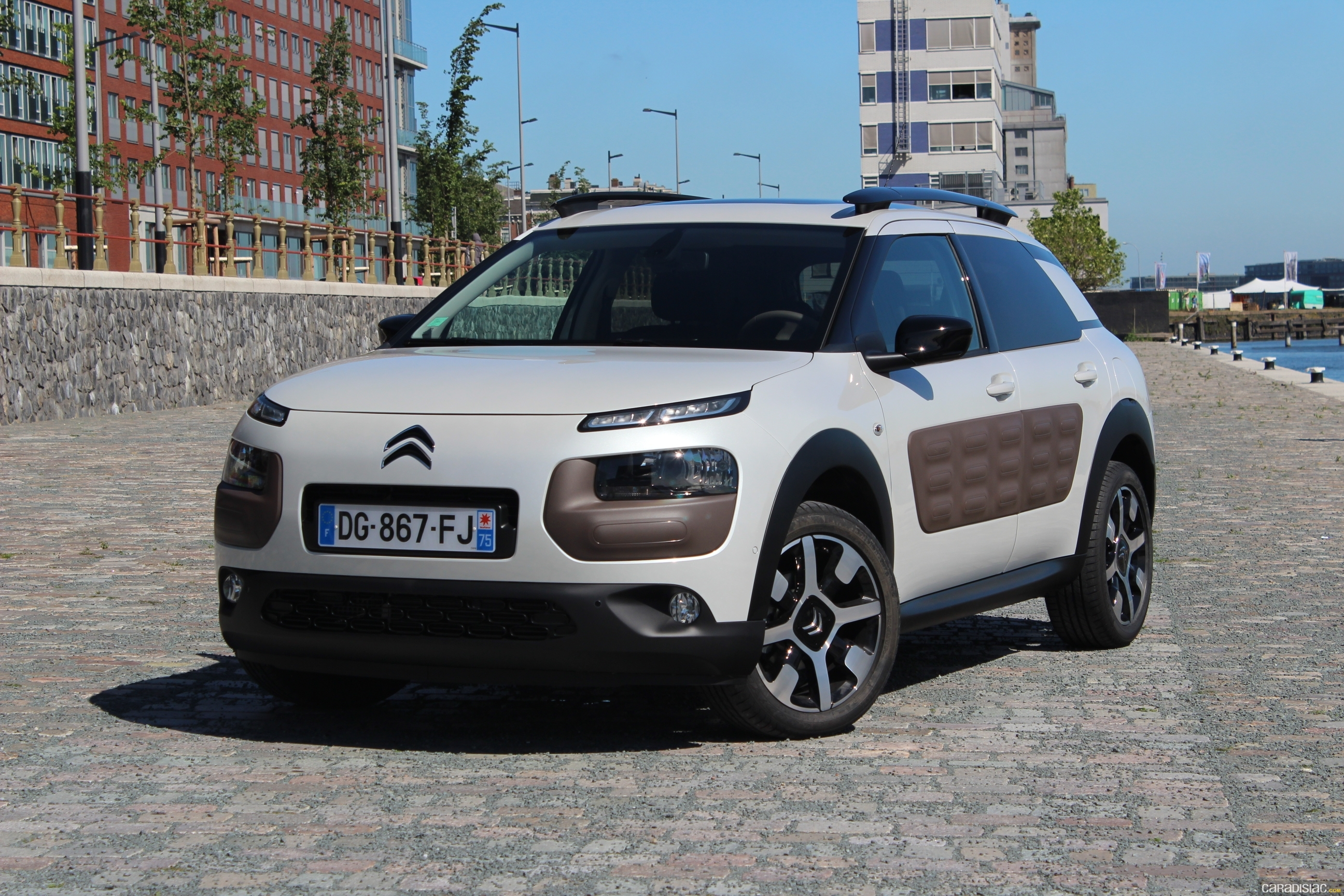 photos citroen c4 cactus. Black Bedroom Furniture Sets. Home Design Ideas