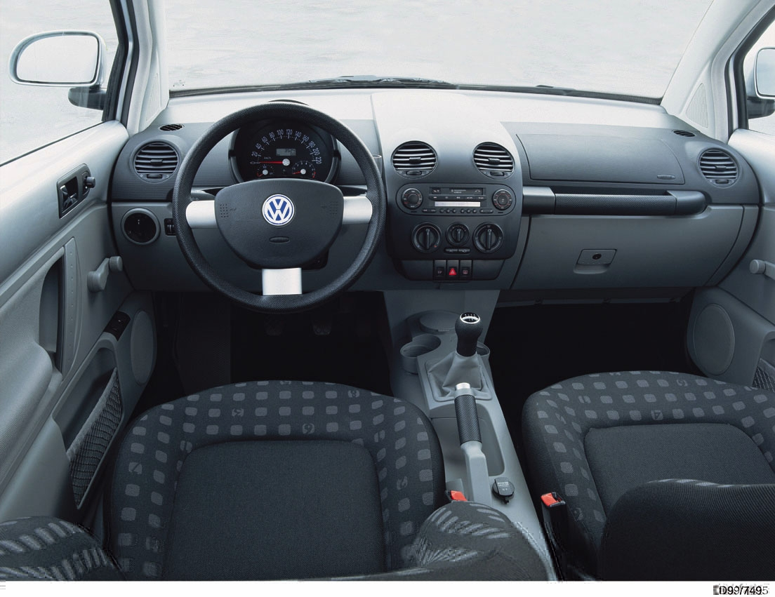 Photos volkswagen new beetle for Interieur new beetle 2000