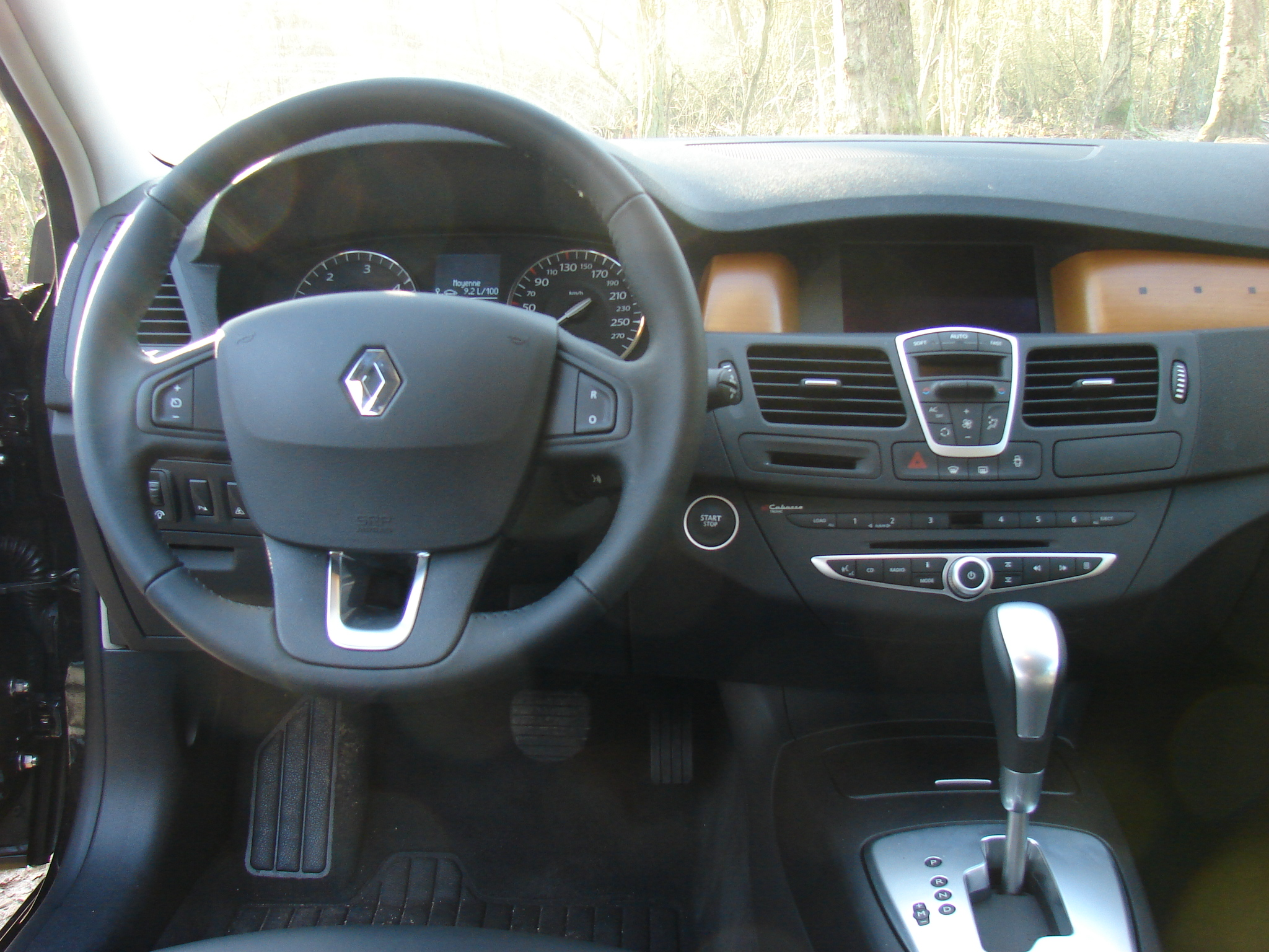 photos renault laguna 3 estate. Black Bedroom Furniture Sets. Home Design Ideas