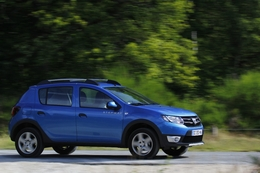 dacia sandero stepway essais fiabilit avis photos vid os. Black Bedroom Furniture Sets. Home Design Ideas