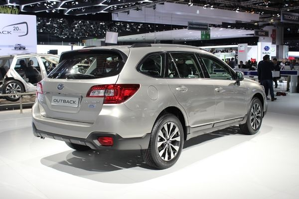 Photo Subaru Outback 4