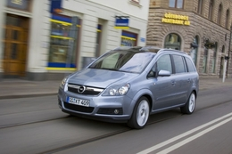 opel zafira 2 essais fiabilit avis photos vid os. Black Bedroom Furniture Sets. Home Design Ideas