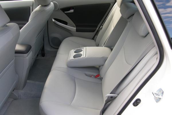 Photo Toyota Prius 3