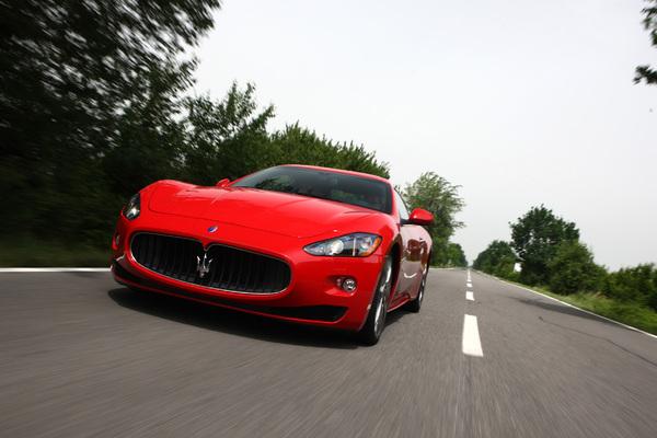 Photo Maserati Granturismo
