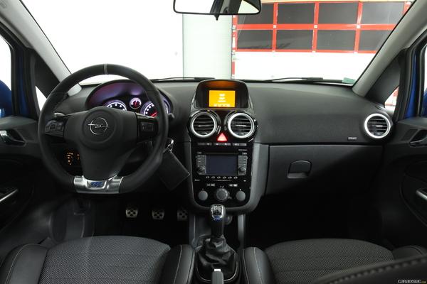 Photo Opel Corsa 4 Opc