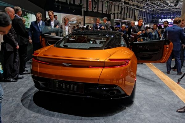 Photo Aston Martin Db11