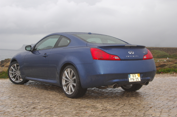 Photo Infiniti G37 Coupe