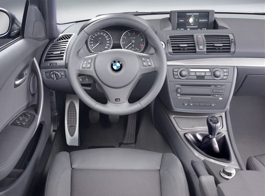 Photos bmw serie 1 e87 5 portes for Serie 1 interieur