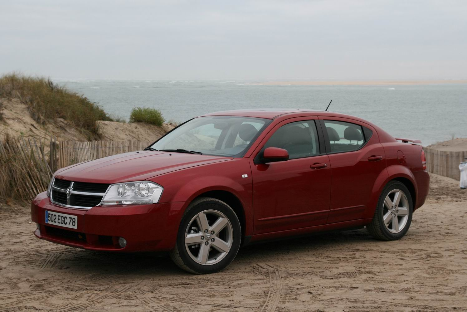 photos dodge avenger. Black Bedroom Furniture Sets. Home Design Ideas
