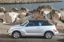 chrysler pt cruiser cabrio essais fiabilit avis photos vid os. Black Bedroom Furniture Sets. Home Design Ideas