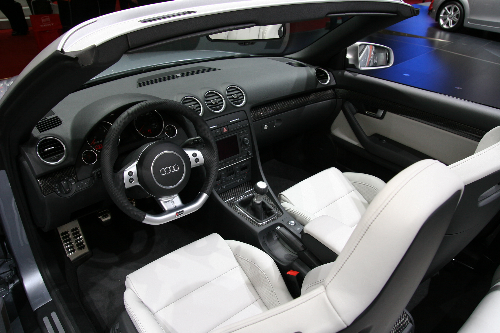 photos audi rs4 3e generation cabriolet. Black Bedroom Furniture Sets. Home Design Ideas