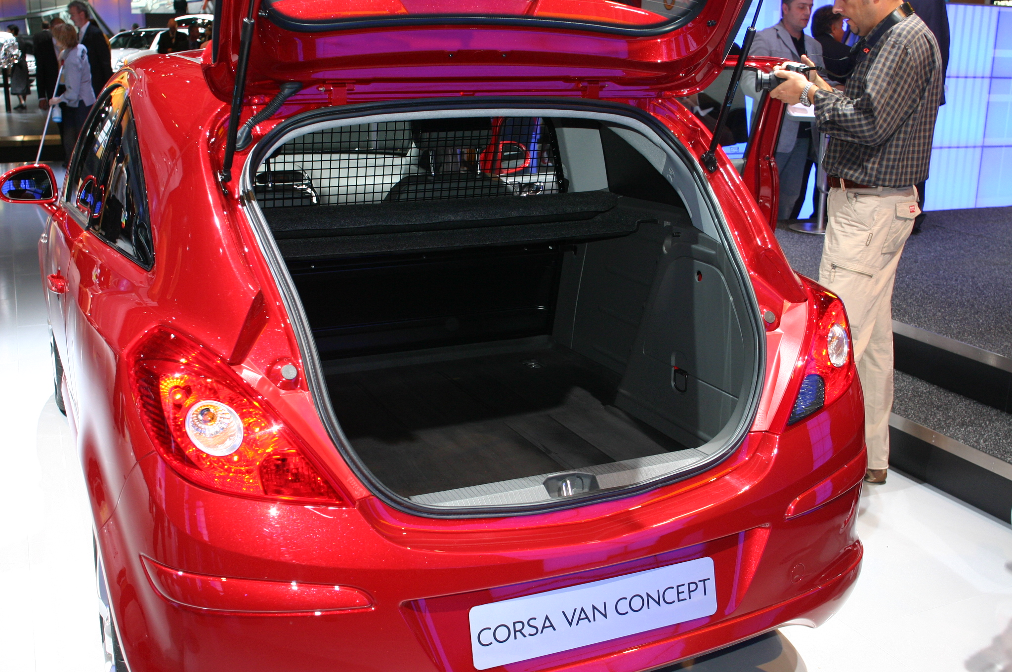 photos opel corsa van concept. Black Bedroom Furniture Sets. Home Design Ideas