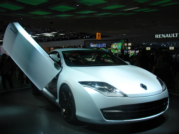 Photo Renault Laguna Coupe Concept
