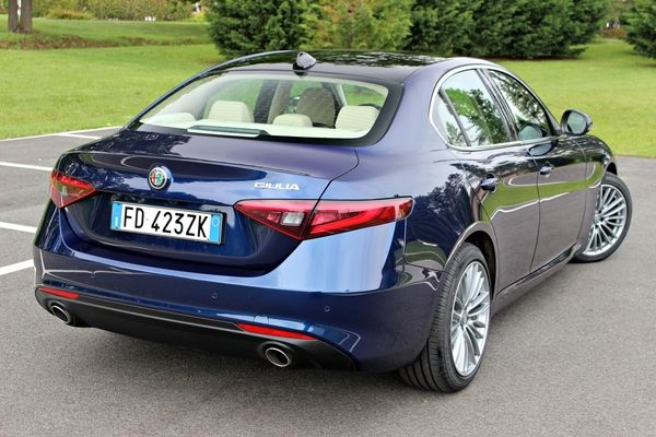 Photo Alfa Romeo Giulia 2