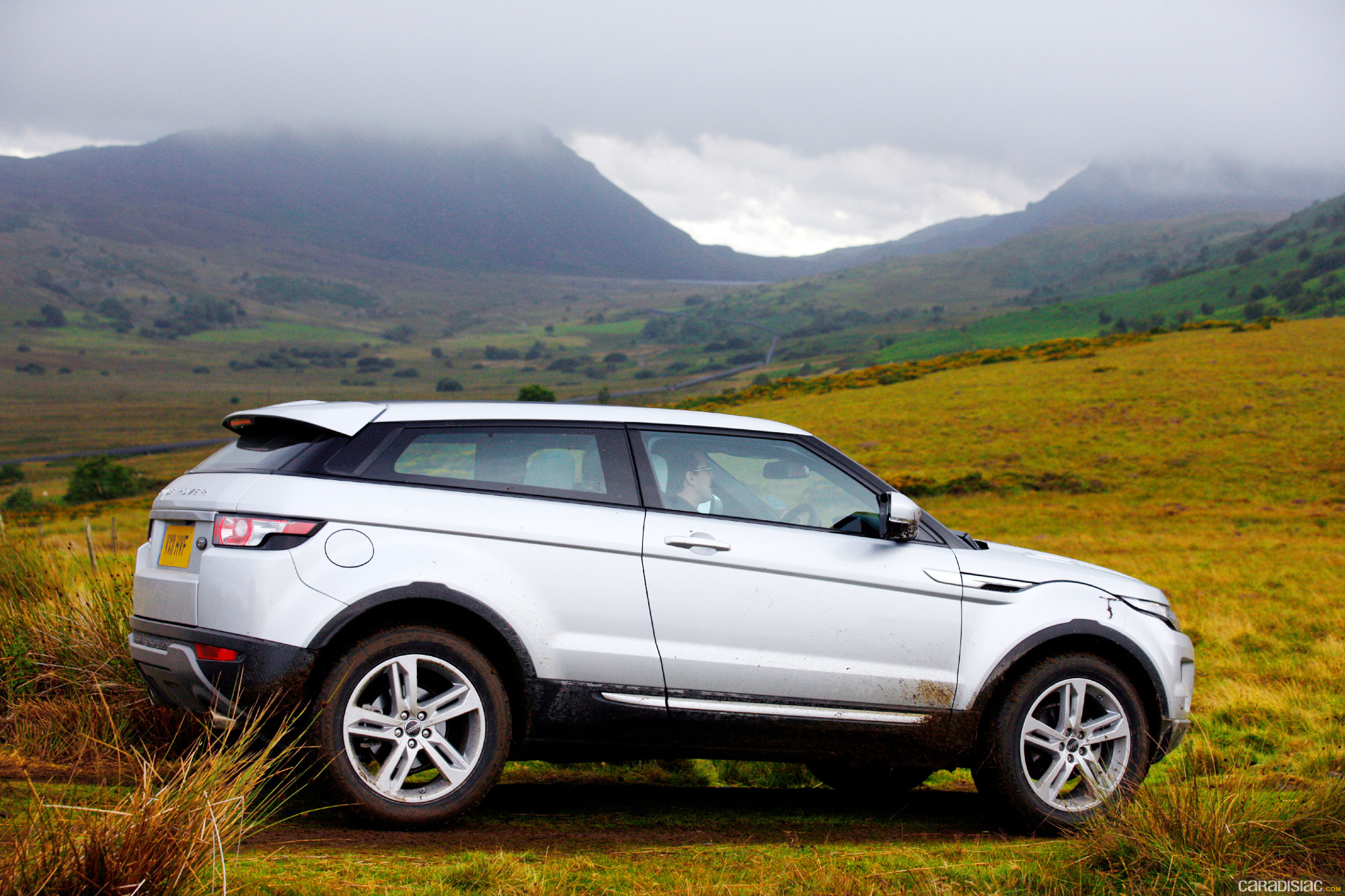 2012 land rover range rover evoque coupe review photo autos post. Black Bedroom Furniture Sets. Home Design Ideas
