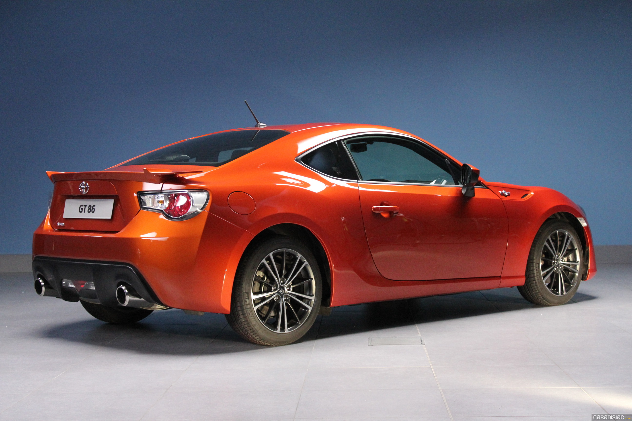 photos toyota gt86. Black Bedroom Furniture Sets. Home Design Ideas