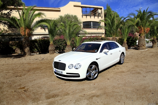 Photo Bentley Flying Spur