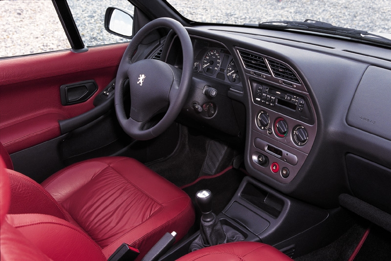 Photos peugeot 306 cabriolet for Interieur 306
