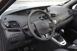 renault scenic 3 essais fiabilit avis photos vid os. Black Bedroom Furniture Sets. Home Design Ideas