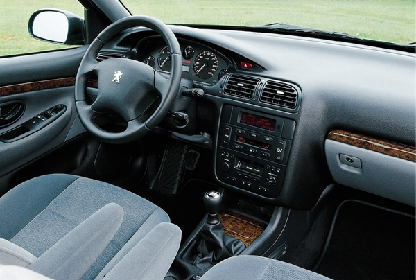 Photos peugeot 406 for Interieur 406