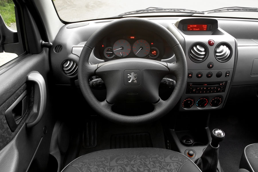 Photos peugeot partner for Peugeot partner interior