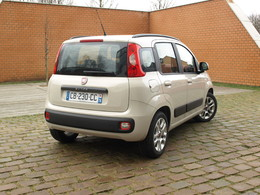 fiat panda 3 essais fiabilit avis photos vid os. Black Bedroom Furniture Sets. Home Design Ideas
