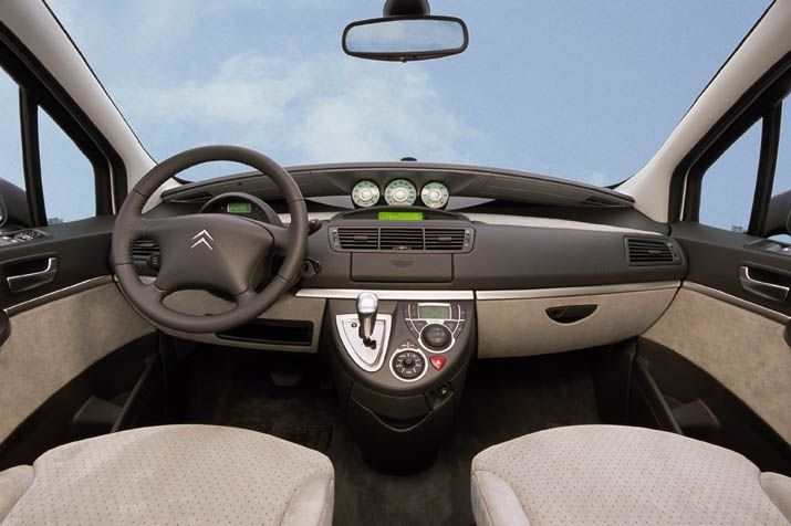 Photos citroen c8 for Interieur c8 8 places