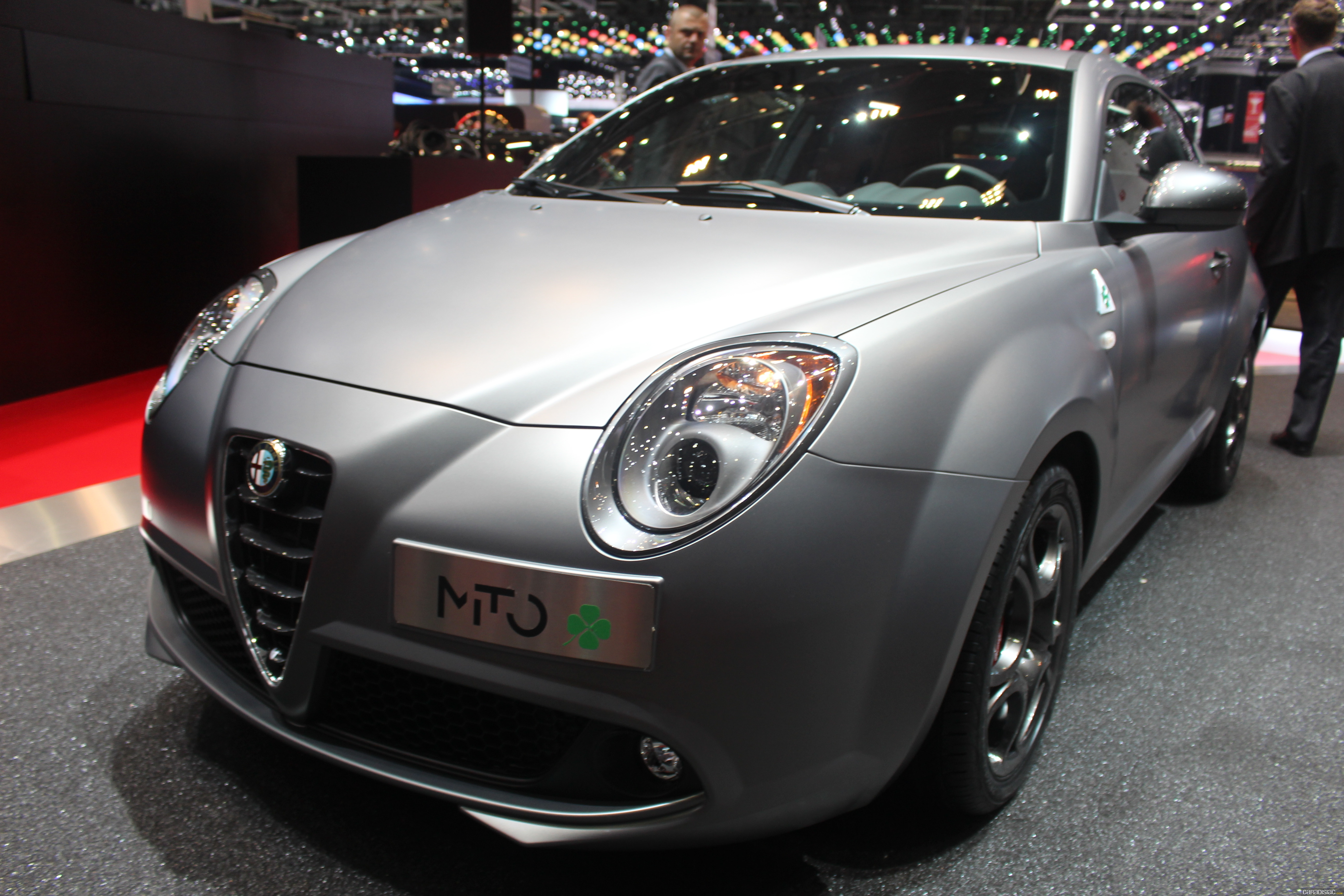 photos alfa romeo mito. Black Bedroom Furniture Sets. Home Design Ideas