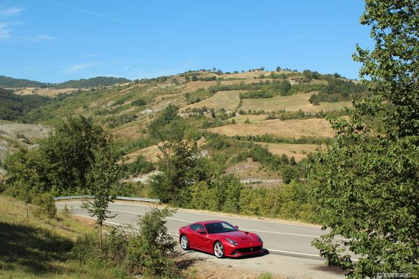 Photo Ferrari F12 Berlinetta