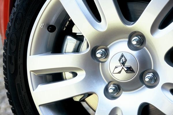 Photo Mitsubishi Colt 3
