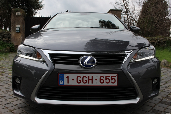 Photo Lexus Ct